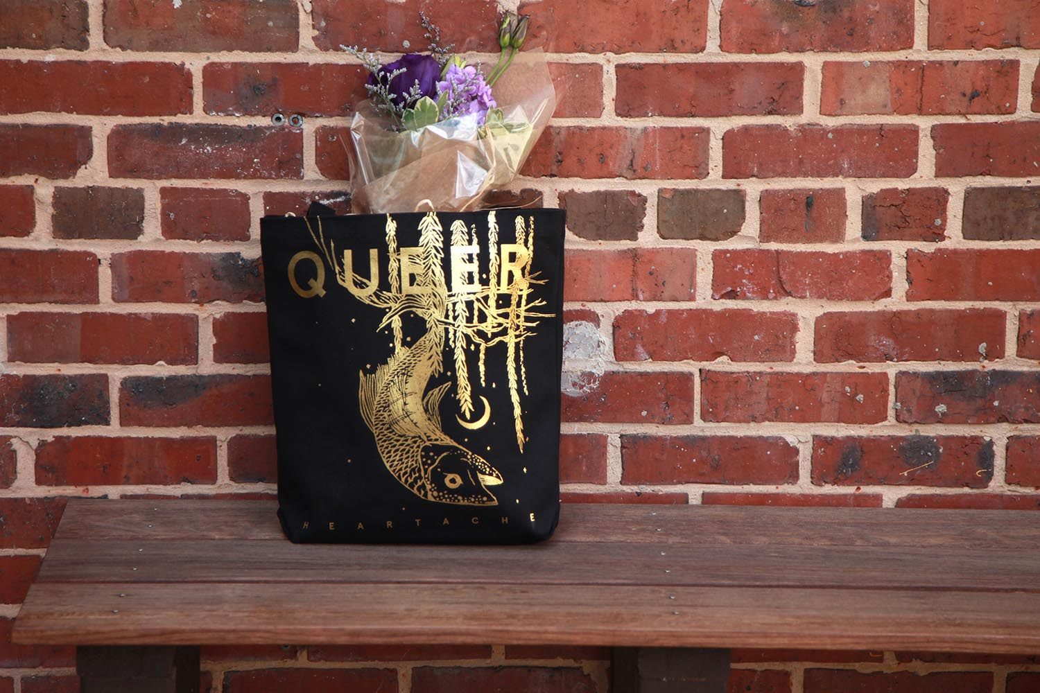 qh_tote_28_flowers_small