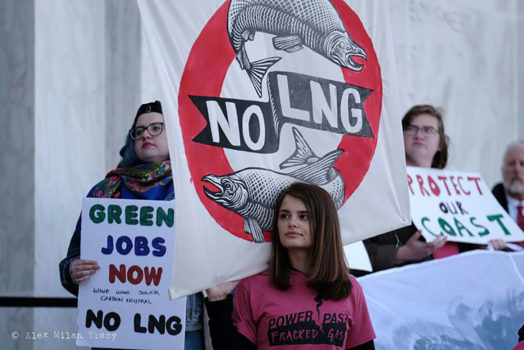 No LNG banners at Oregon statehouse