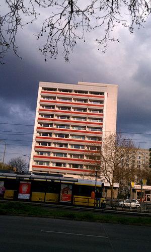 berlin12_redNwhite17.jpg