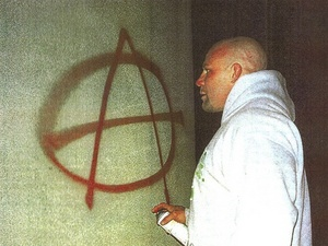 jeff-monson-anarchist-graffiti.jpg